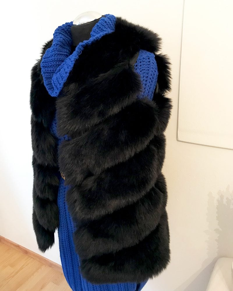 short woman faux fur vest in black color