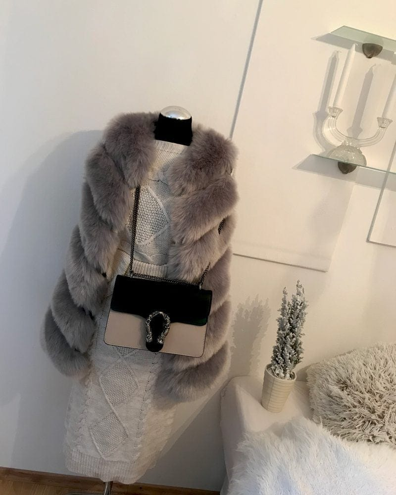 woman fur vest - gray
