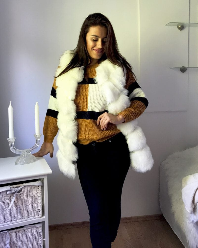 short woman faux fur vest in white color