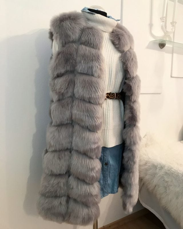 medium faux fur vest
