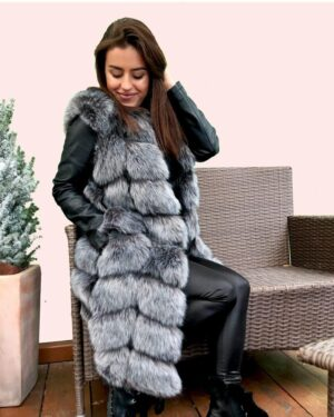 woman faux fur vest