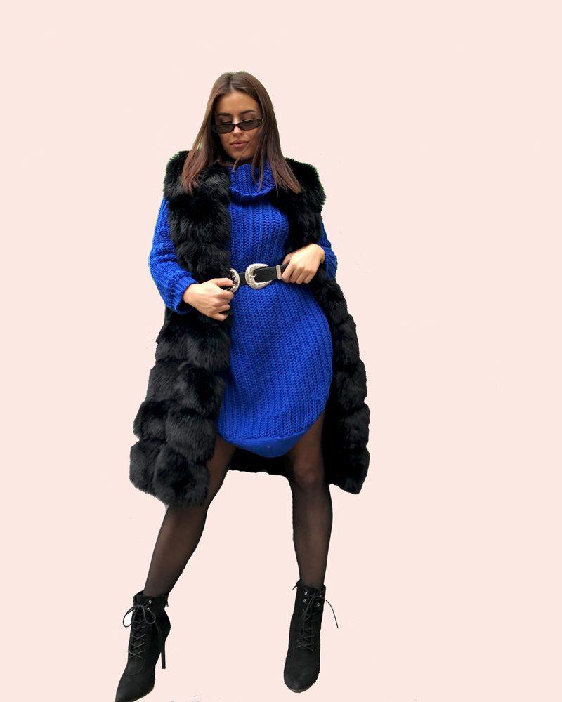 medium fur vest in black color