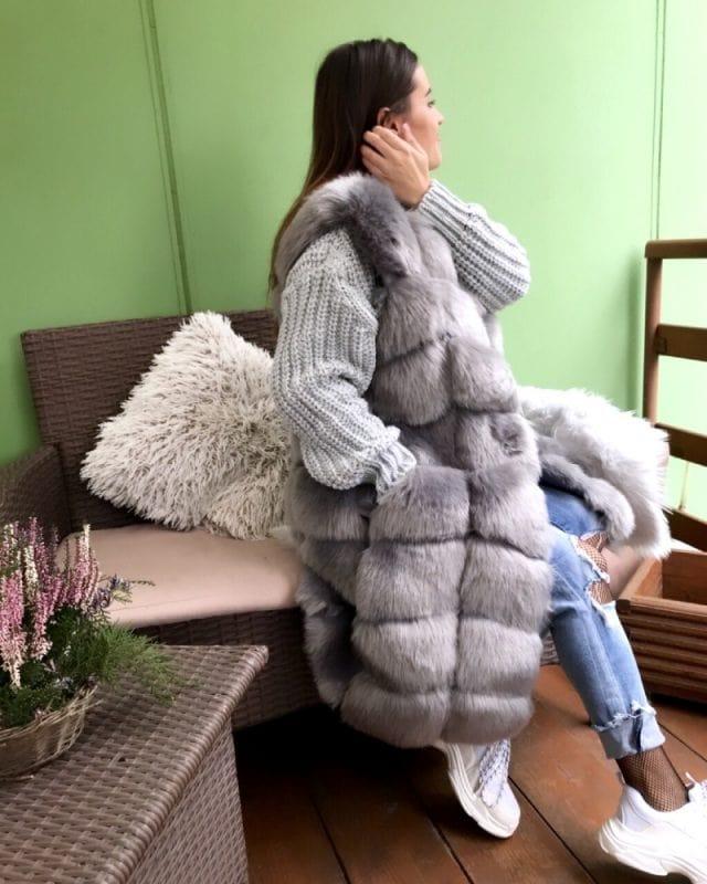 medium fur vest